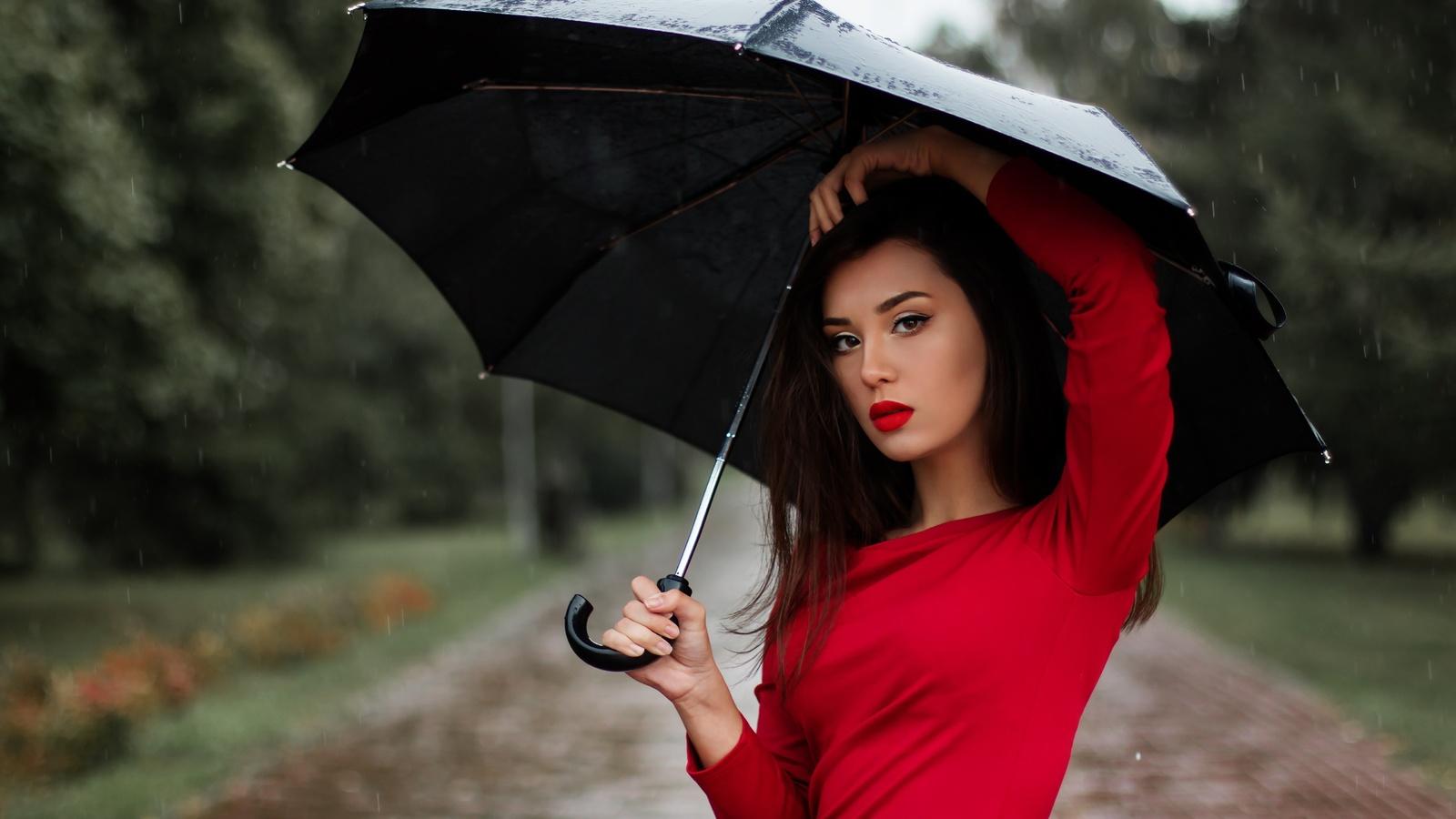 девушка, зонт, природа, боке, брюнетка, взгляд, макияж, платье, дождь