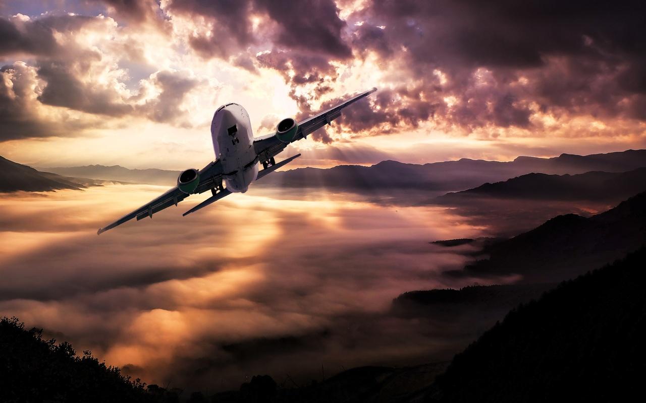 самолёт, холмы, небо, тучи, лучи