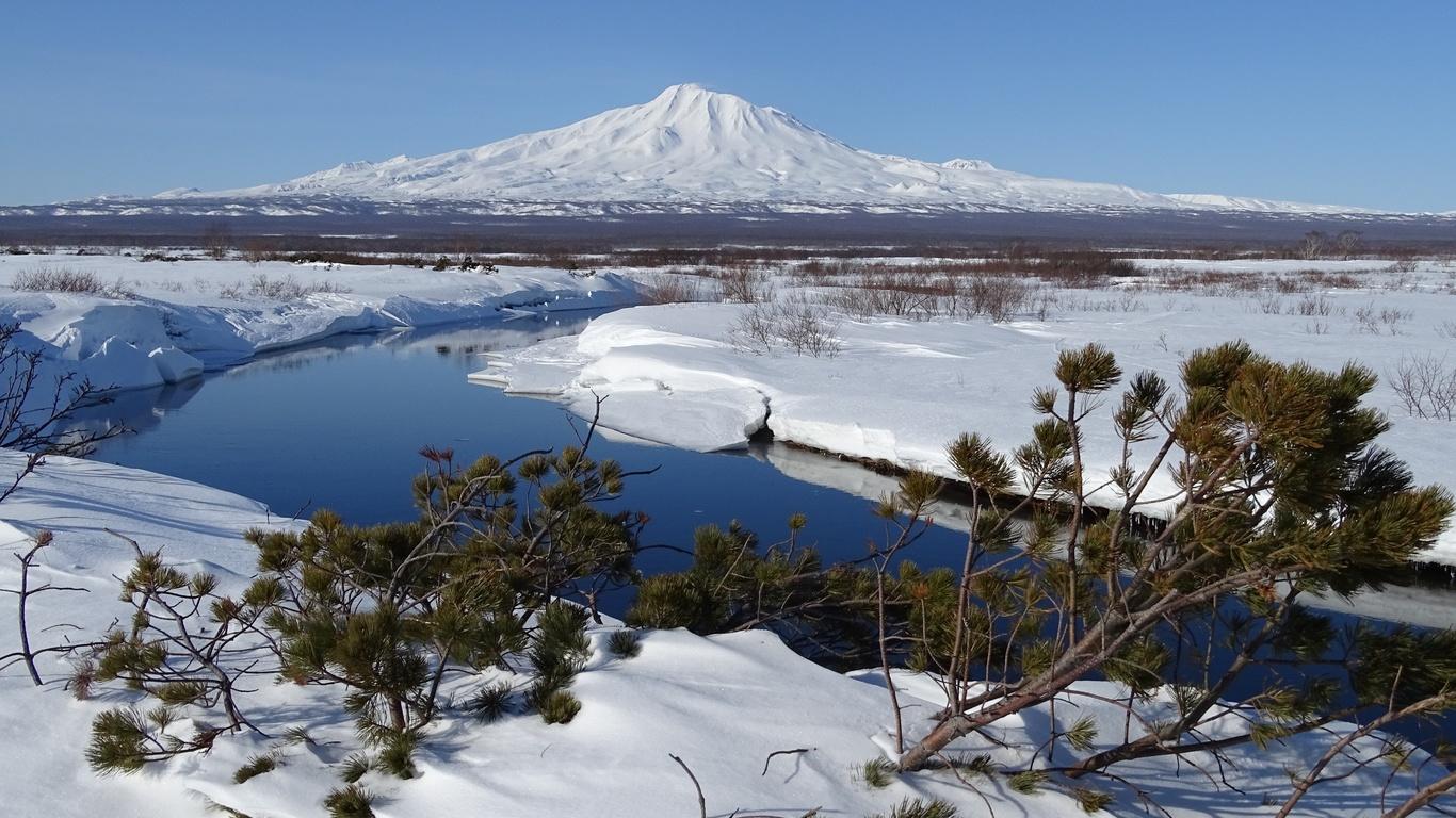 сопка, вулкан, снег, кустарник, вода
