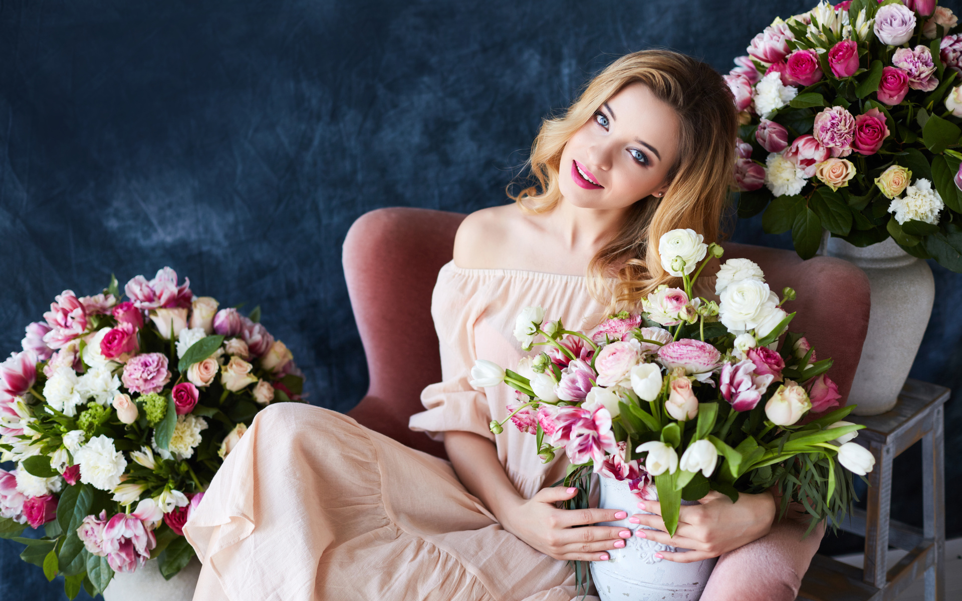 Какие цветы подарить деве женщине