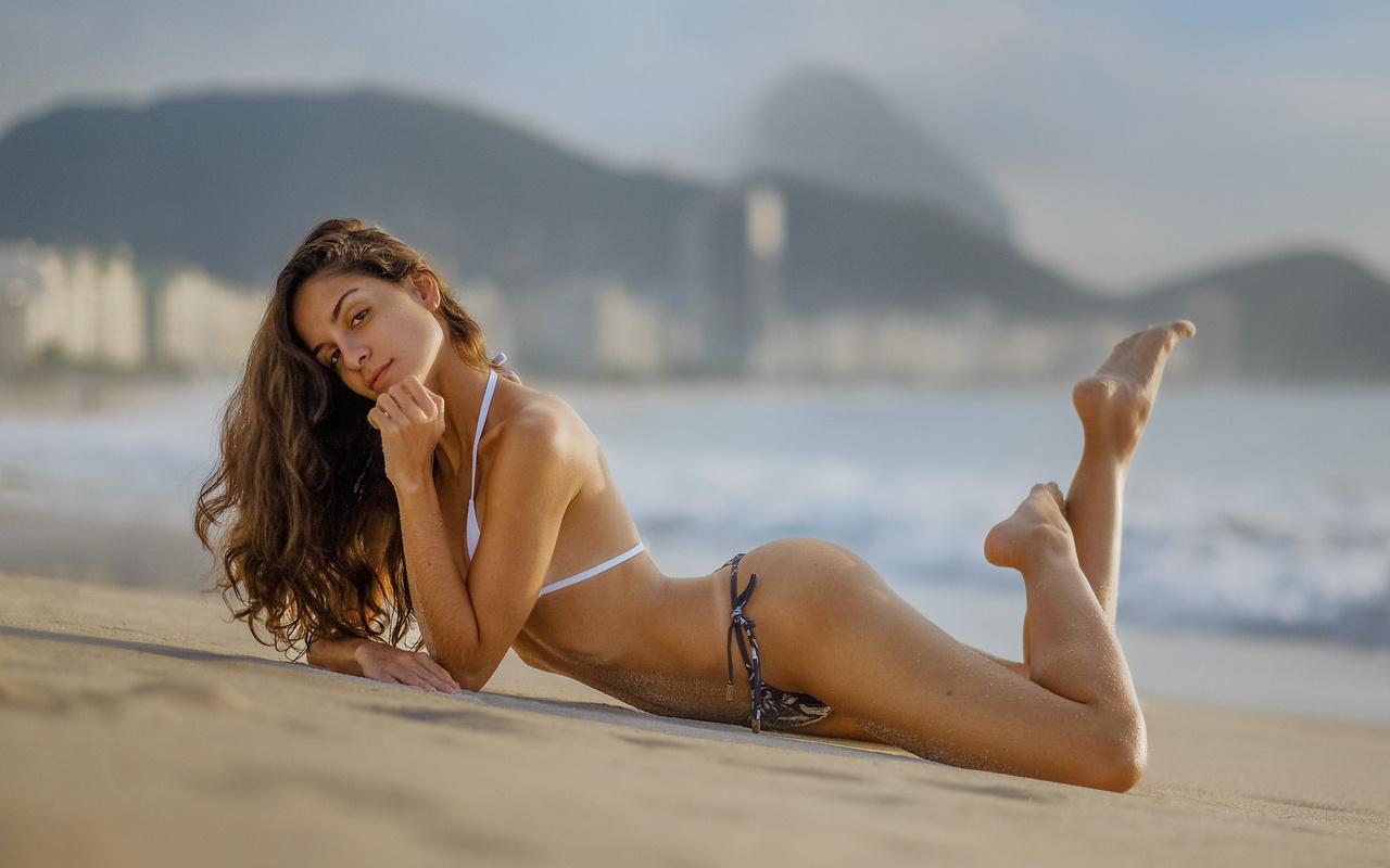 Sexy latina orgasm