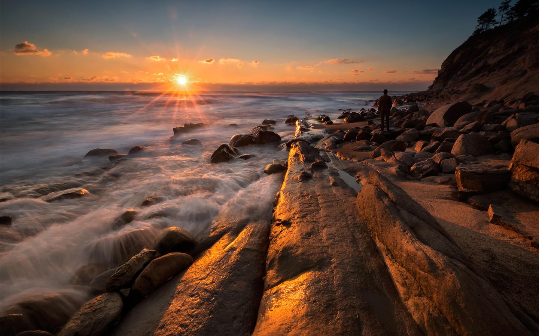 каменный берег, вечер, закат