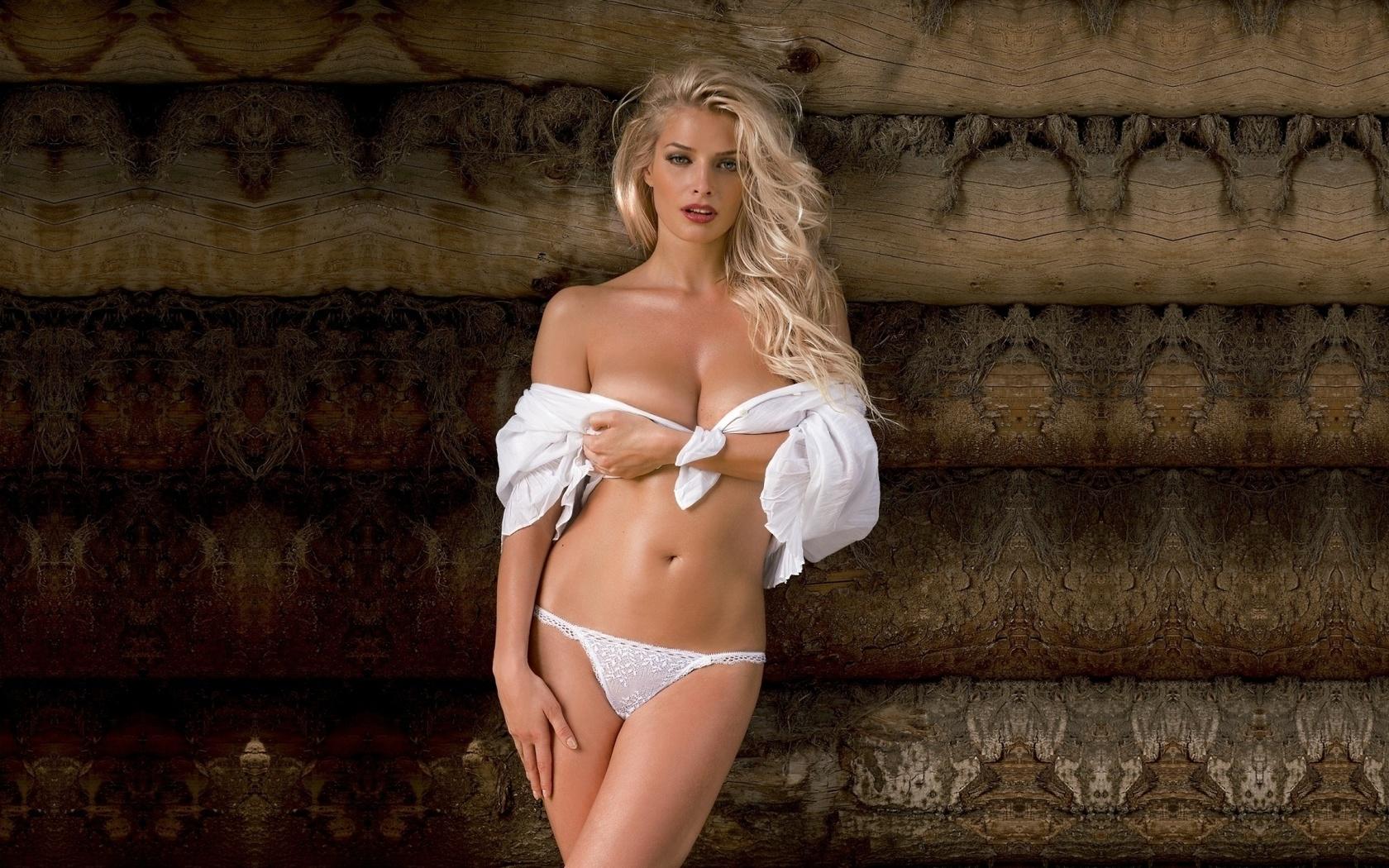 Фото русских знаменитостей для плейбоя, Российские актрисы, раздевшиеся для Playboy 1 фотография