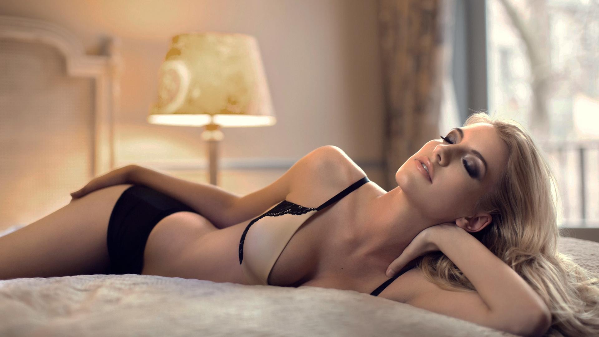 Про девушек в нижнем белье просвечиваем, Порно В красивом белье -видео. Смотреть порно 1 фотография