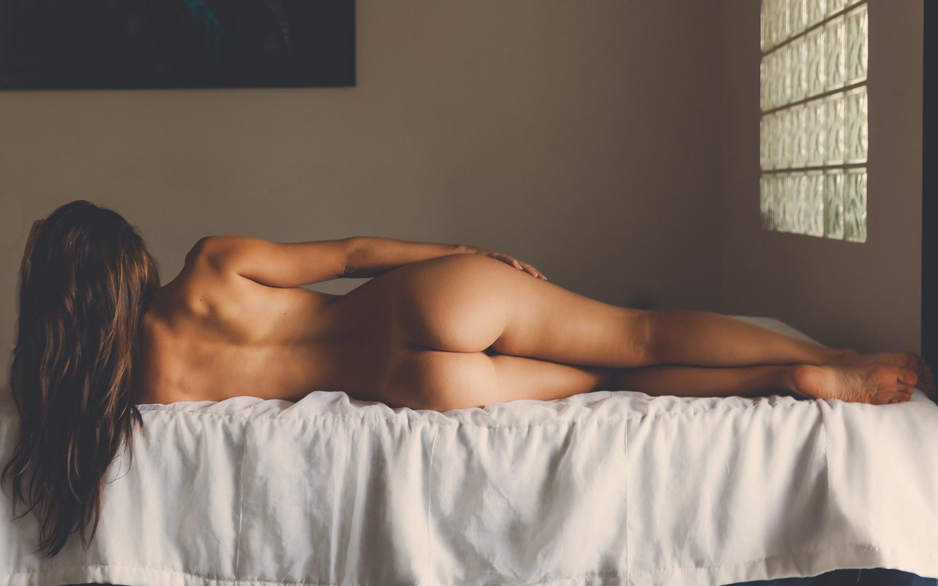 Art Model Poses