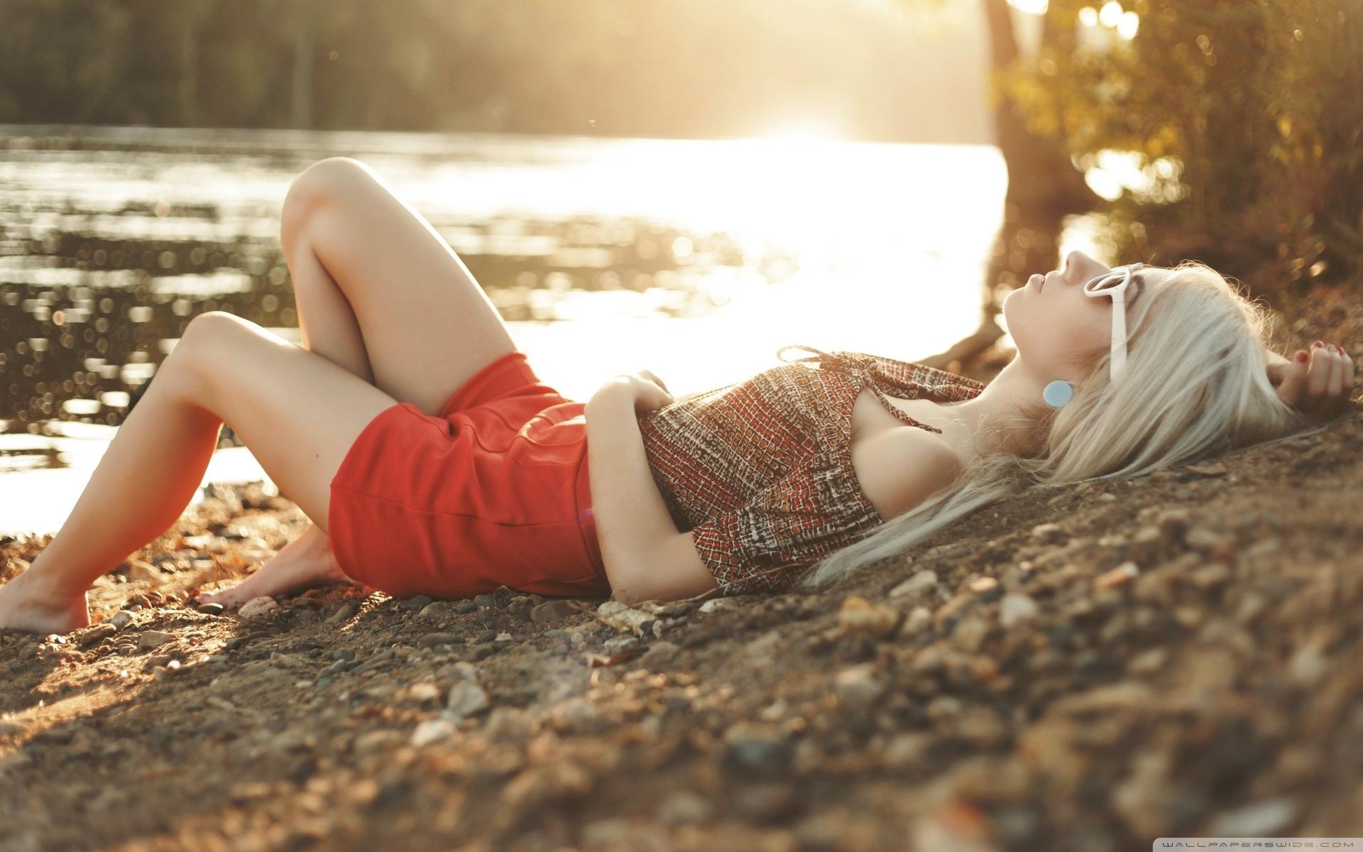 Фото девушек блондинки на закате, Блондинки: фото со спины 17 фотография