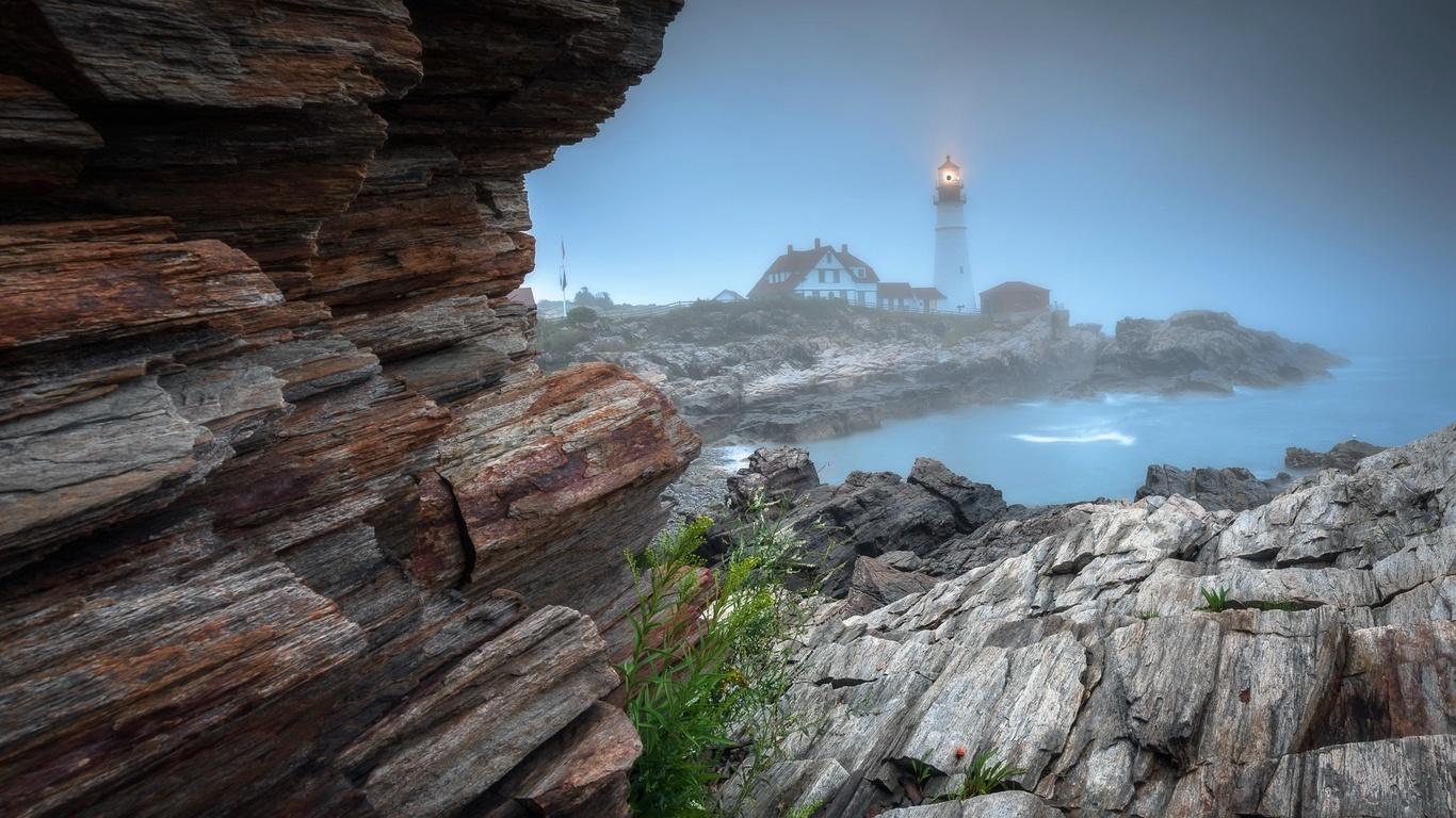 море, скалы, камни, маяк, дома, туман