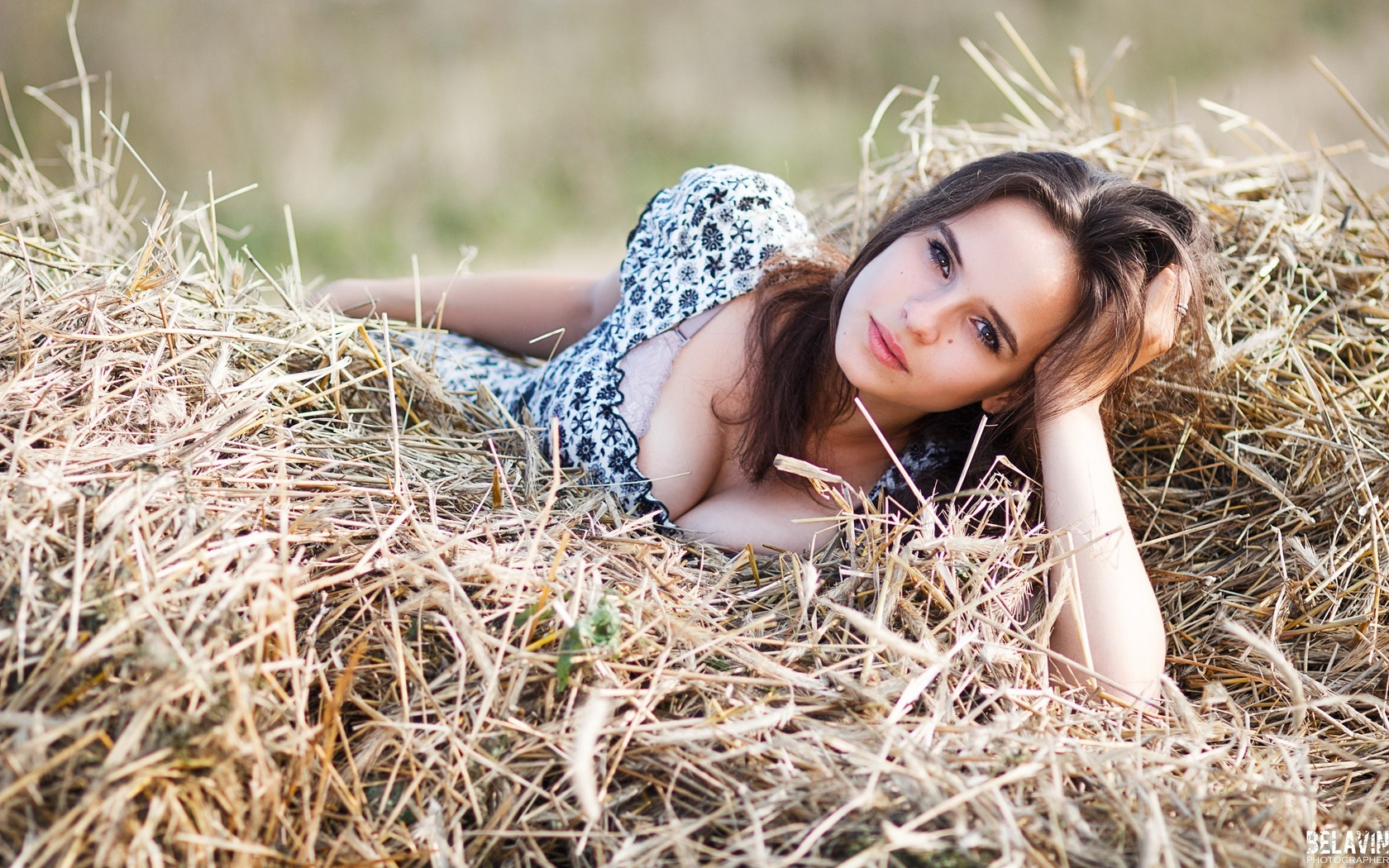 Рассказ с тетей на сеновале, Порно рассказ «Сеновал и деревенская оргия 1 фотография