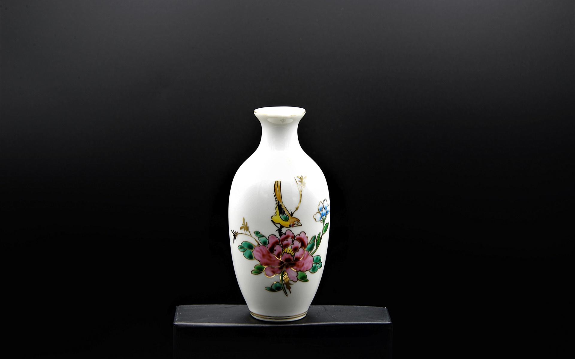 разные картинки с вазами устойчивой