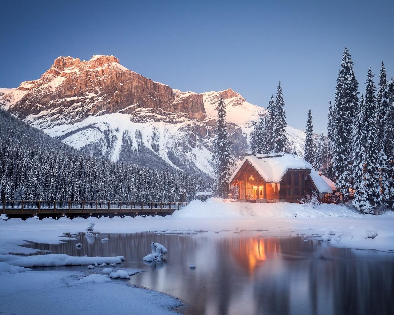 канада, природа, пейзаж, заповедник, зима, снег, горы, озеро, лес, отражение