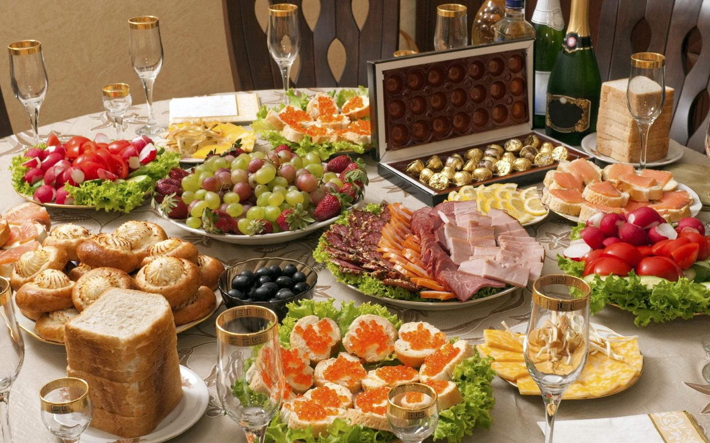 стол, сервированный, новый год, угощение