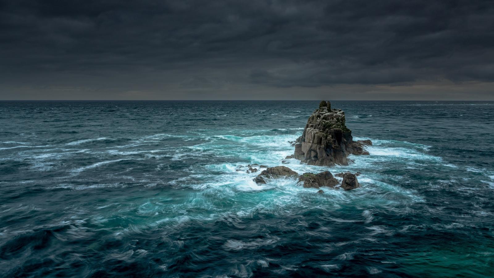 скалы, море, шторм, тучи