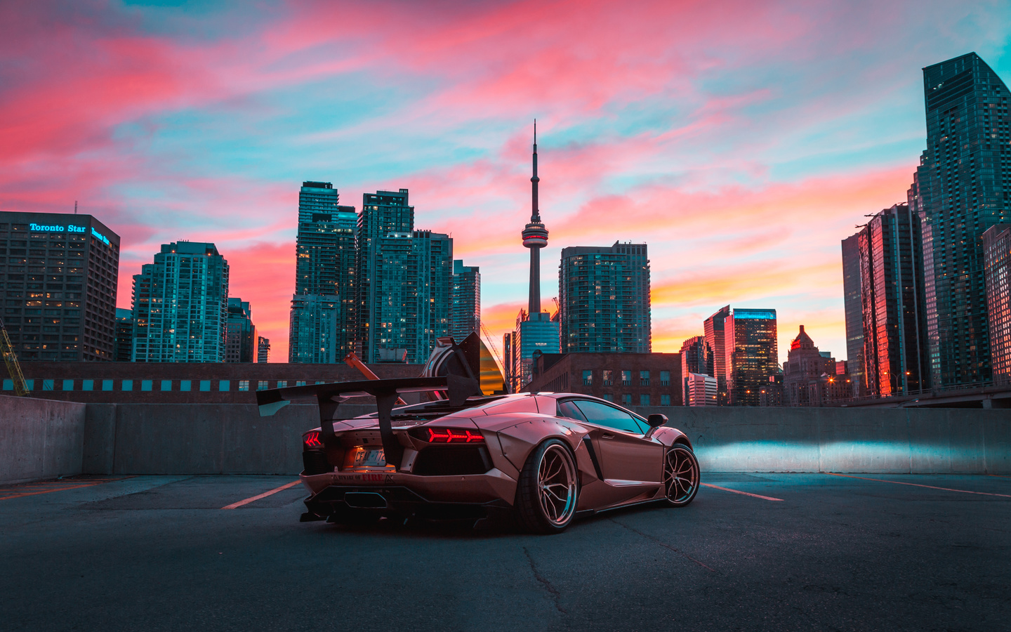 custom, lamborghini, aventador, in cn tower