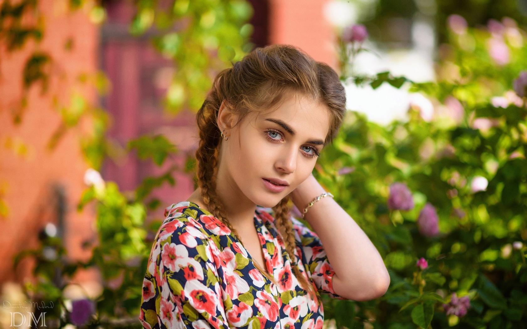 девушка, косички, взгляд, цветы, лето, фотограф, дмитрий медведь, dmitry medved, ананда дубровская