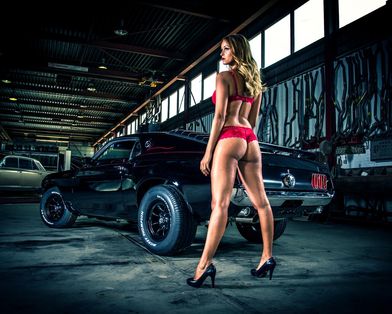 девушка, гараж