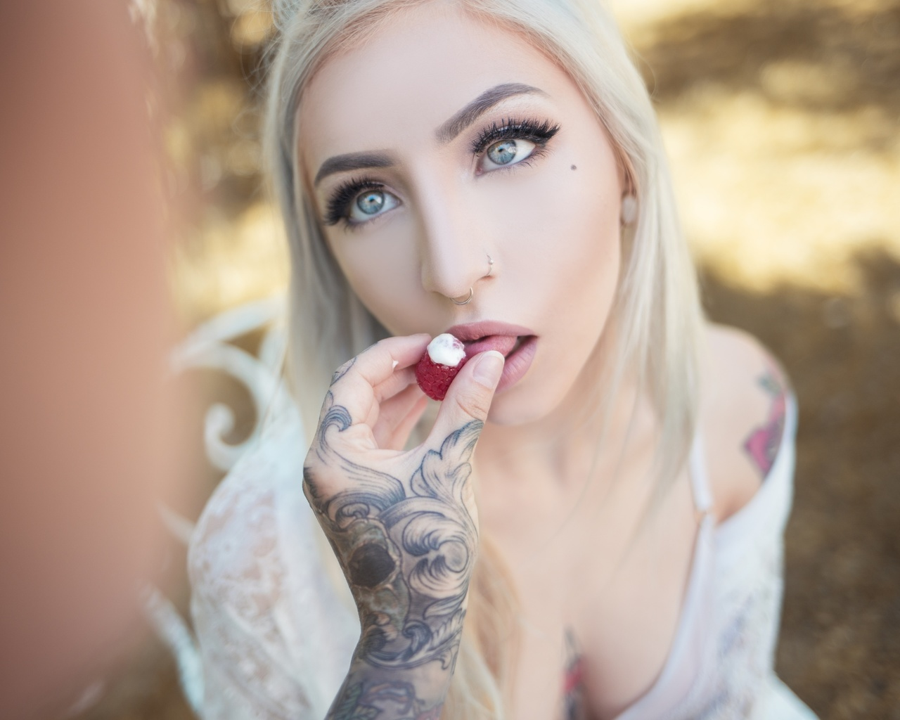 ivory, janesinner, suicide girls, white, hair, photosession, passion fruit, redhead, red