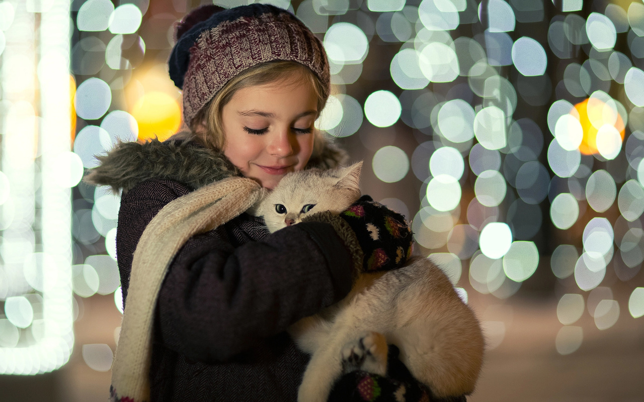 julia voinich, юлия войнич, ребёнок, девочка, пальто, шапка, варежки, животное, кот, кошка, боке