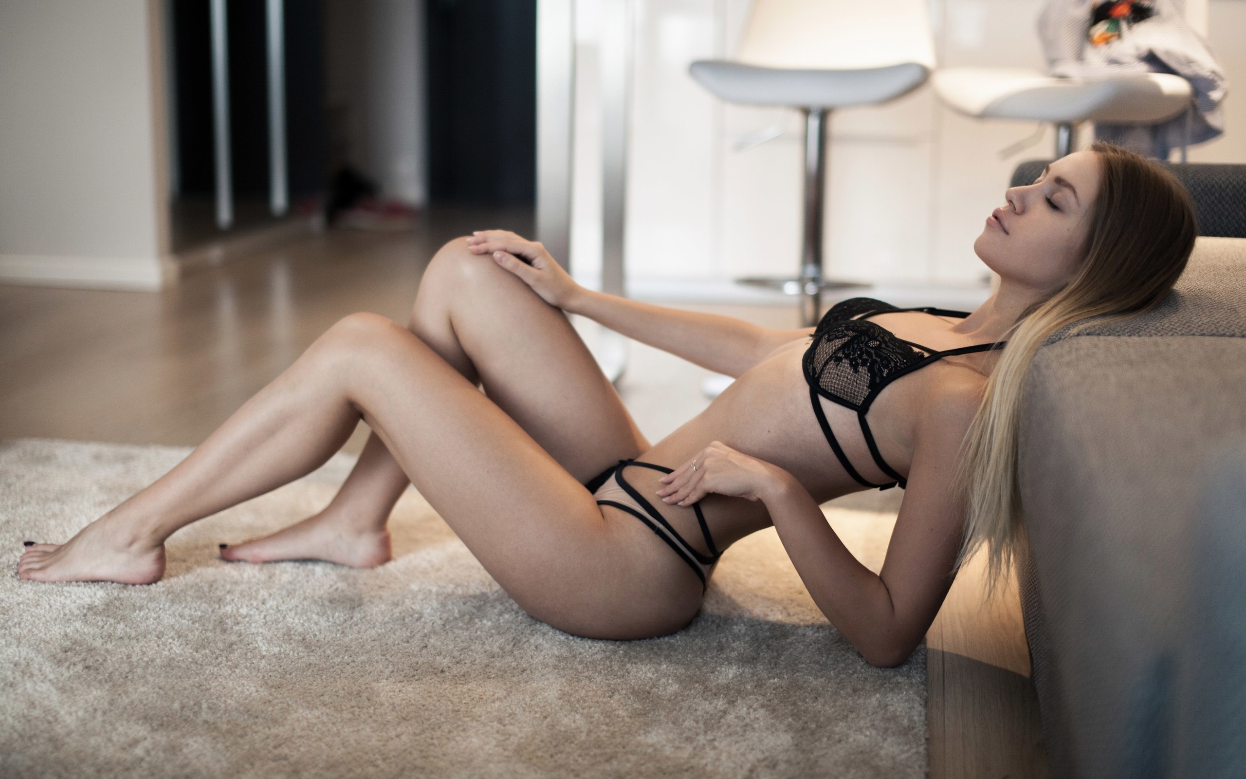women, blonde, closed eyes, lingerie, brunette, chair, long hair, couch, on the floor, sitting, pink lipstick