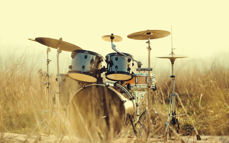 барабаны, инструмент, трава