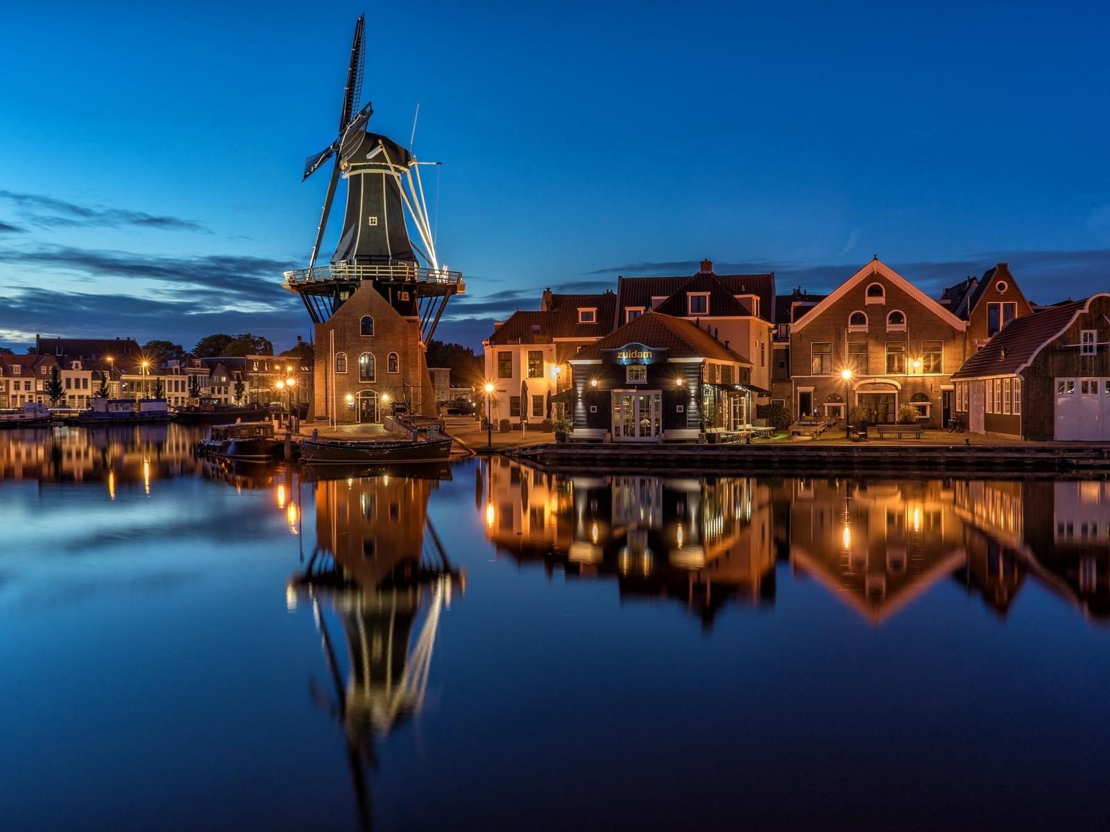 нидерланды, голландия, харлем, река, здания, дома, музей, мельница, ночь, фонари, освещение