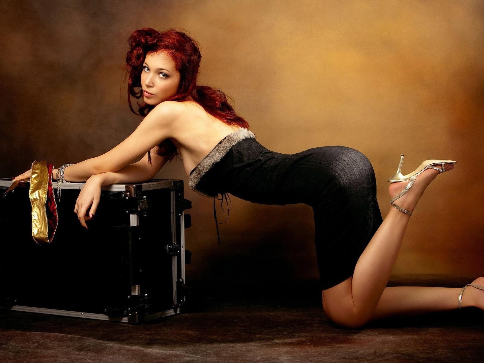 девушка, милая, симпатичная, чемодан