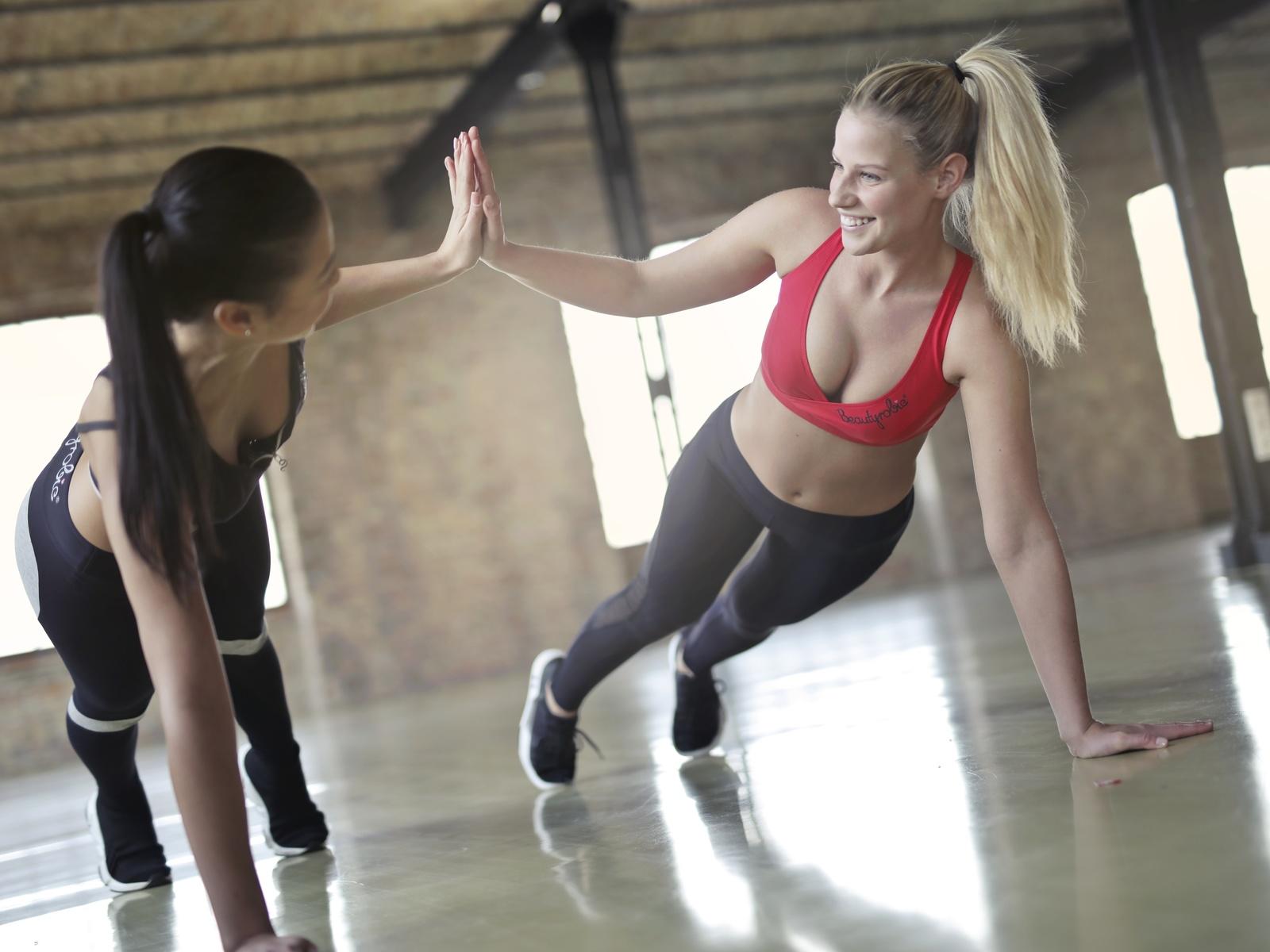 fitness, девушки, спорт, позитив, настроение, 2 девушки, две девушки