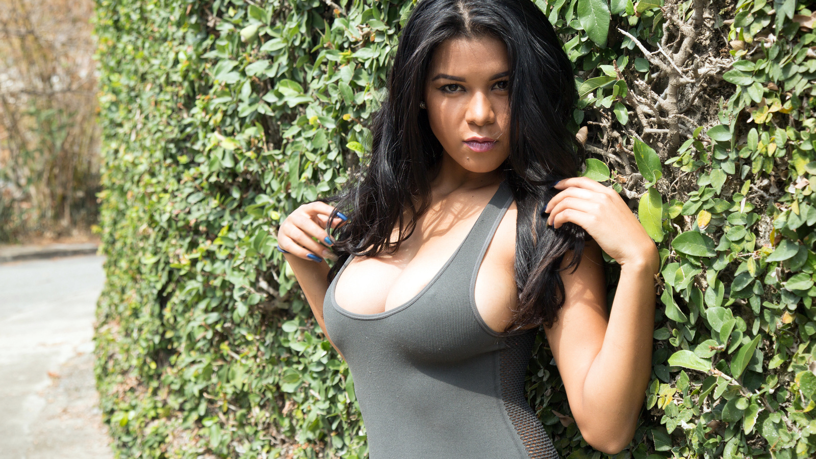 latina-tits-gallery-sex-toy-silver-bullet