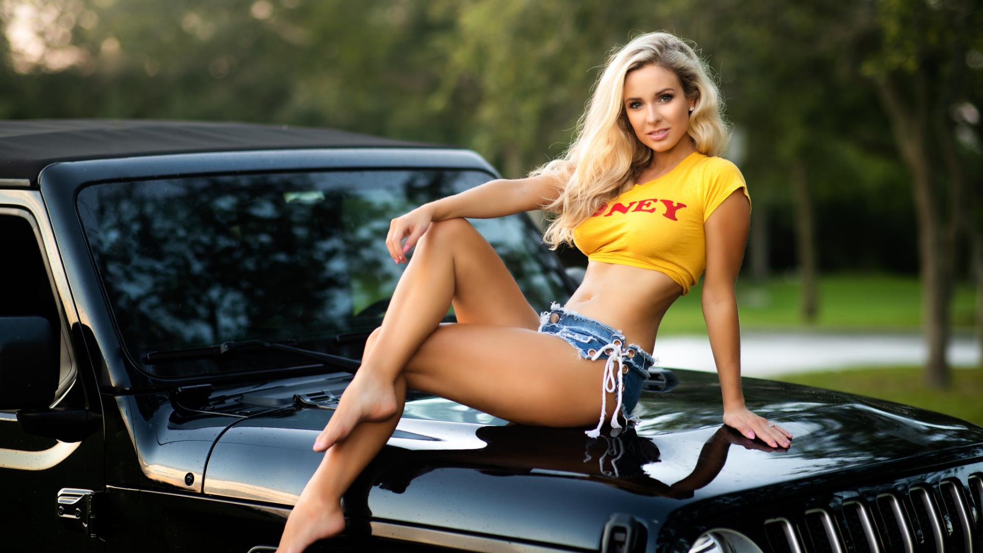 seksualnie-devushki-s-russkimi-avto-porno-galerei-onlayn