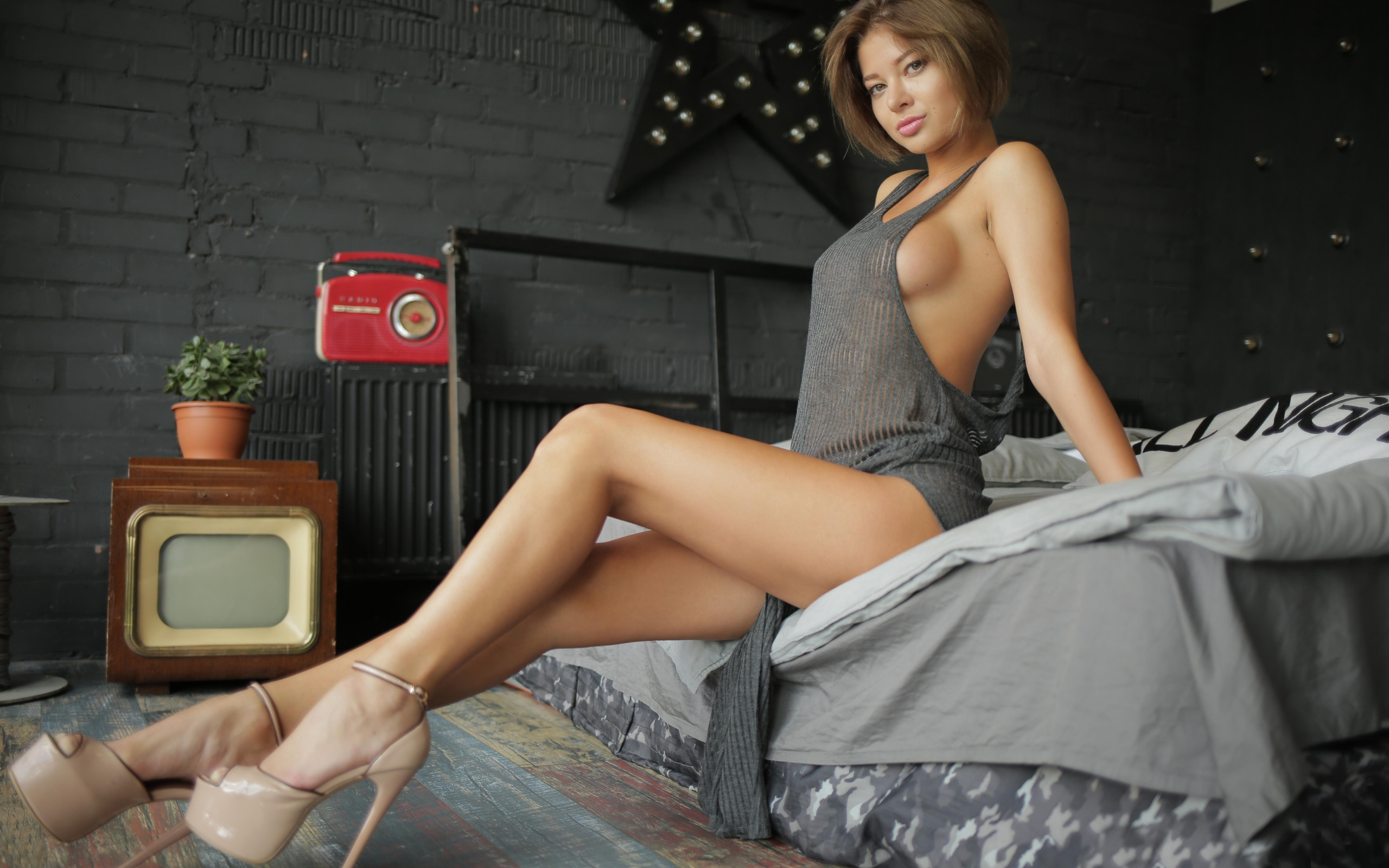 jenn-q-nude-naked-girls-ass-hole