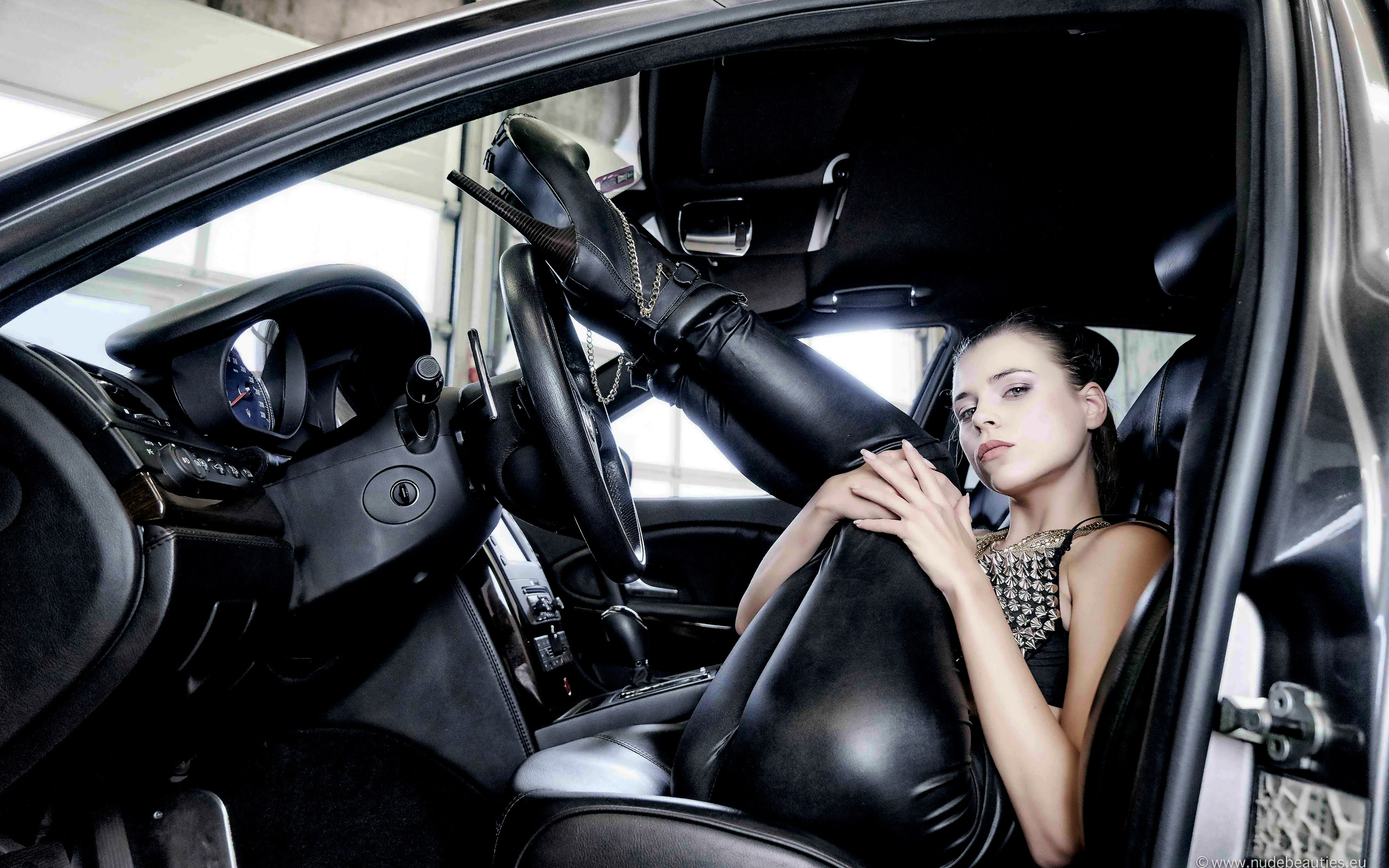 aleksa slusarchi, valeria a, model, brunette, leather pants, high heels, car, maserati, maserati