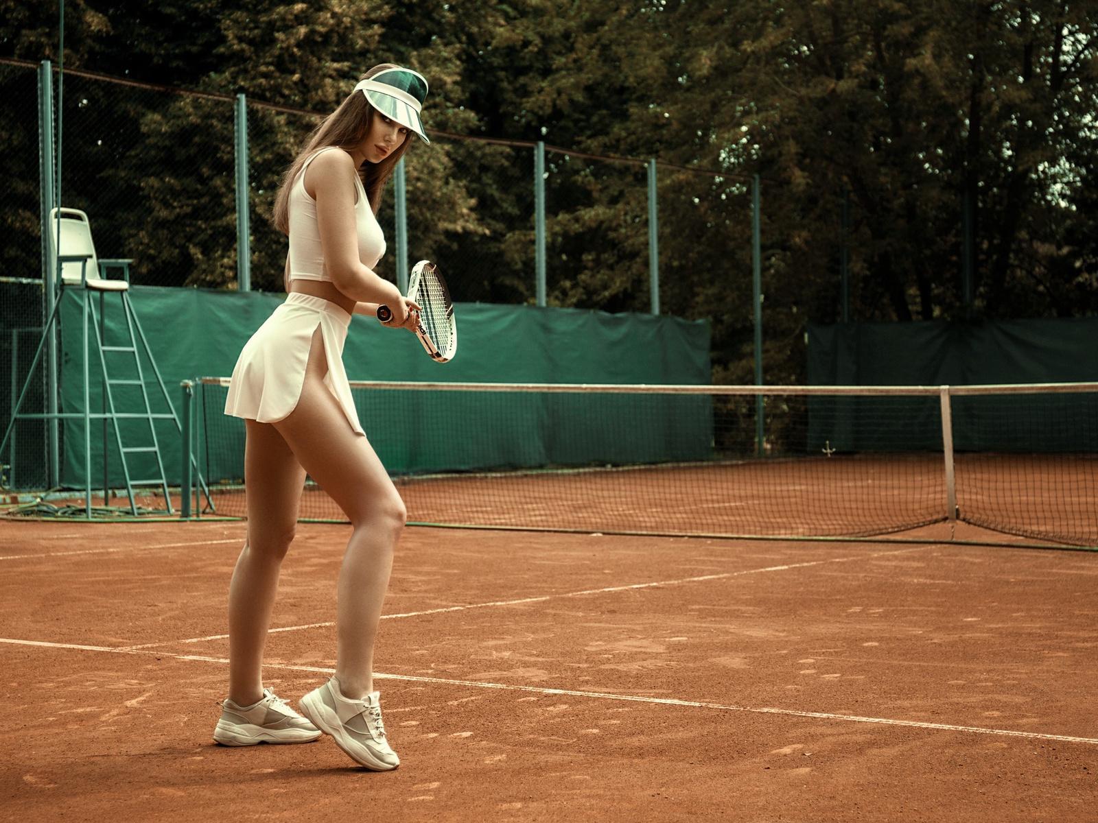 women, skirt, tennis, white clothing, sneakers, women outdoors, tennis rackets, tennis balls, sportswear, brunette