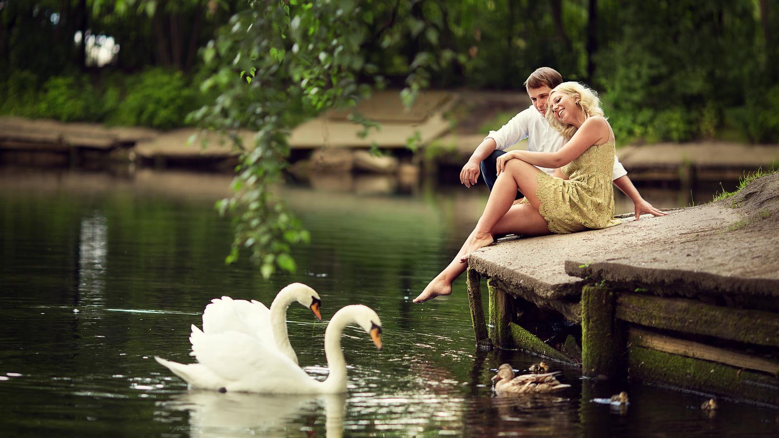 лето, девушка, птицы, ветки, природа, пруд, люди, романтика, утки, пара, парень, лебеди, влюблённые, марианна смолина