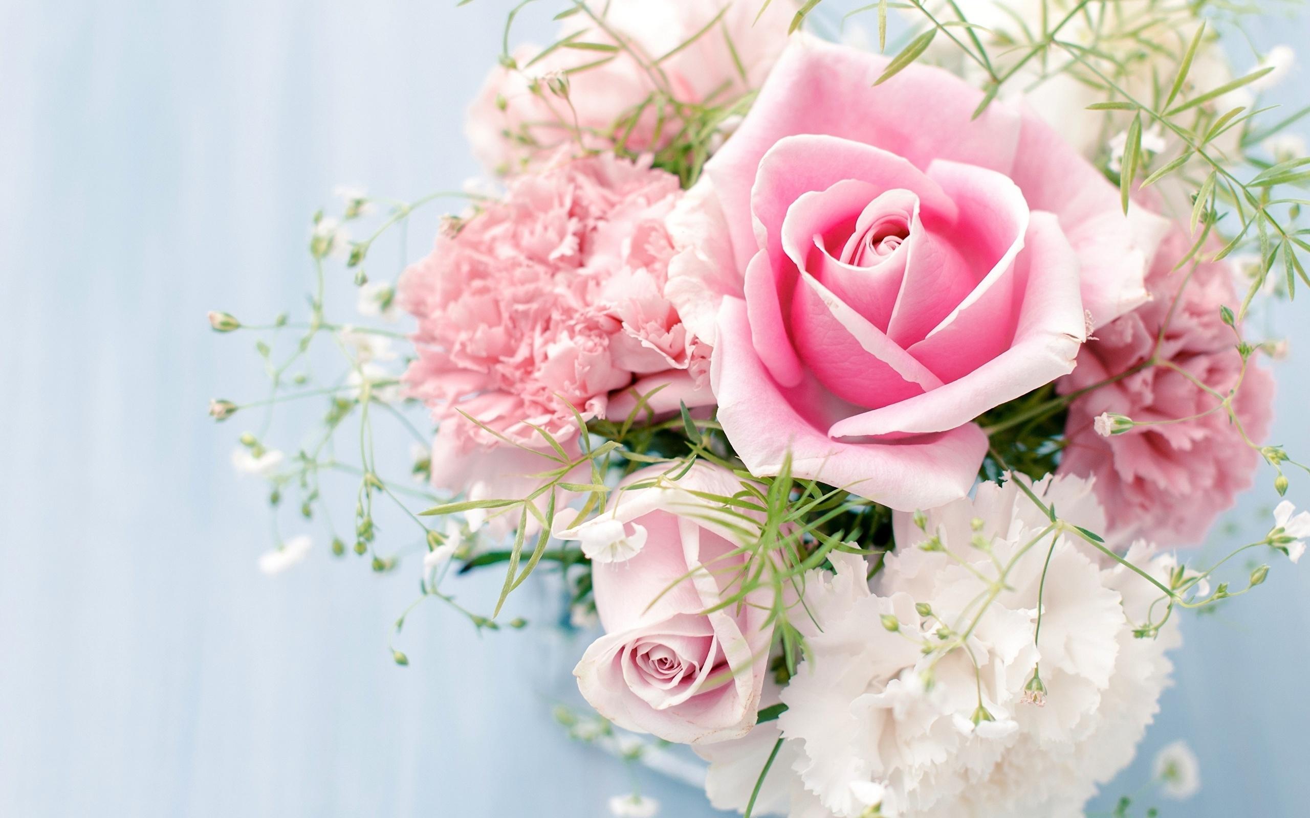 Днем, открытки с цветами женщине