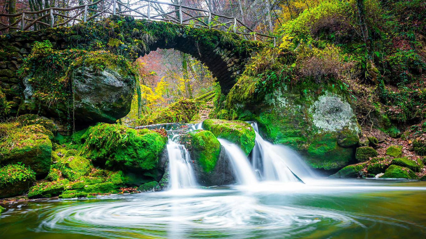 осень, лес, листья, деревья, мост, парк, ручей, камни, водопад, мох, люксембург, mullerthal region