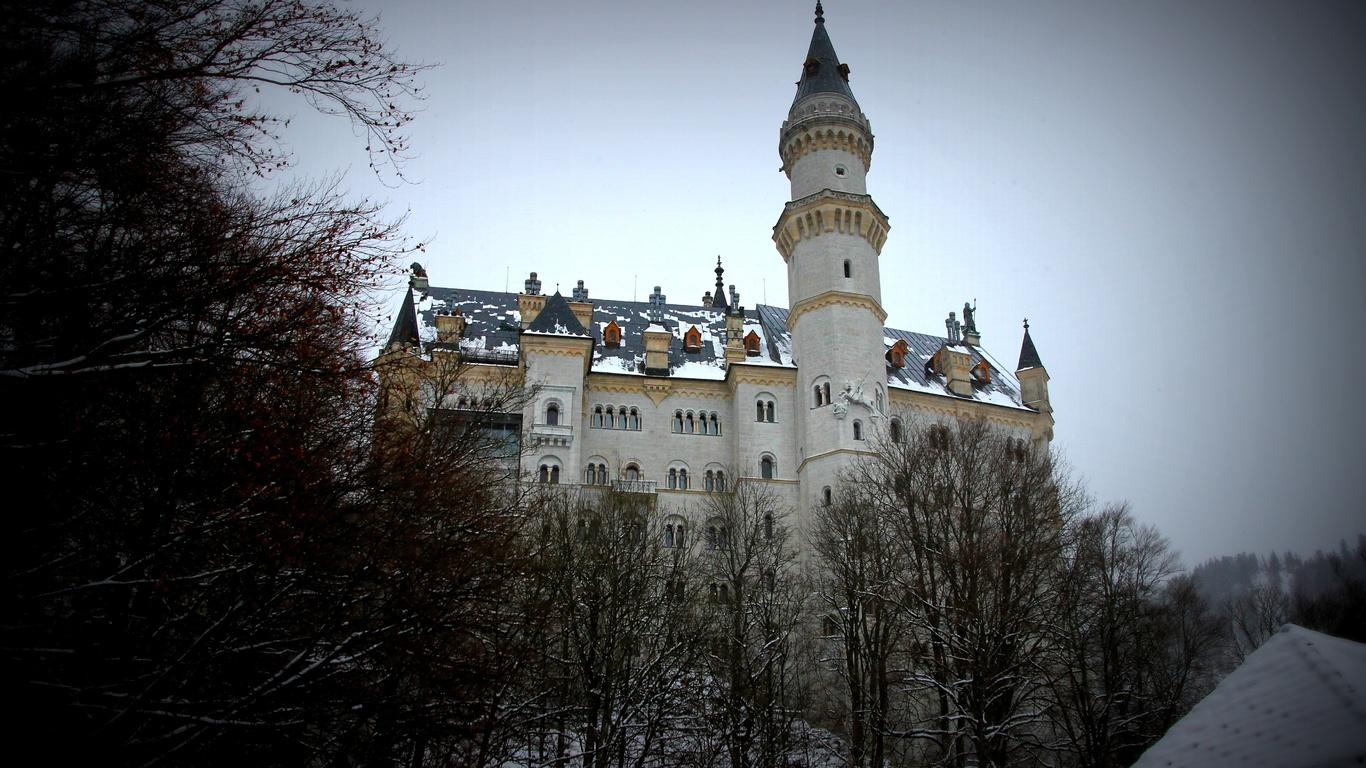 neuschwanstein castle, замок нойшванштайн, зима, ракурс, пасмурно
