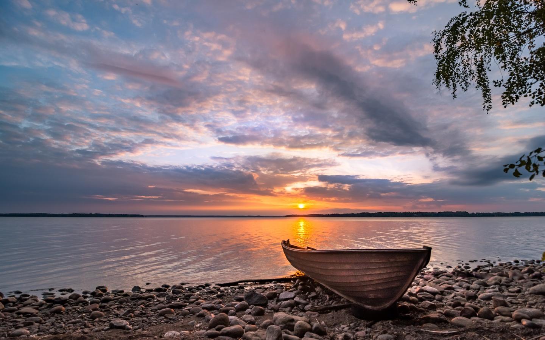 лодка, берег, камни, небо, река, закат