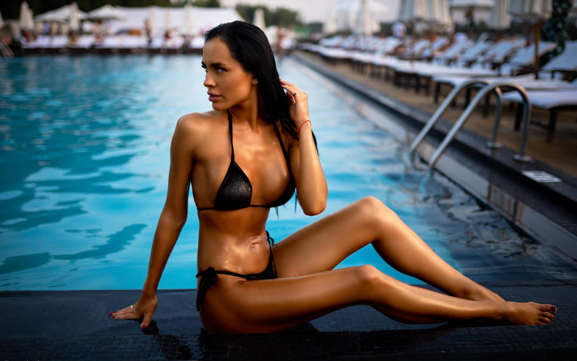 women, tanned, swimming pool, women outdoors, black bikini, belly, sitting, red nails, looking away, pink lipstick