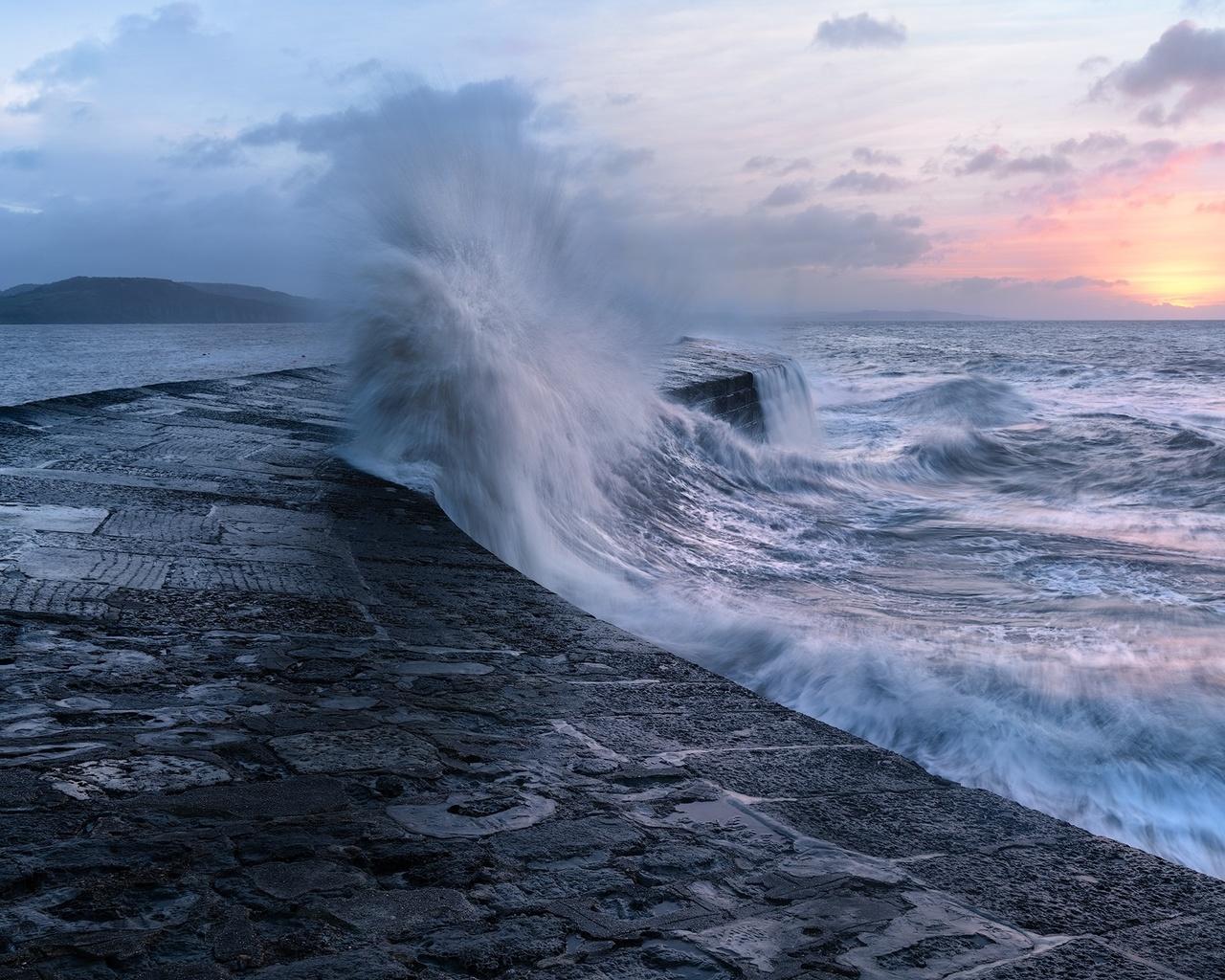 шторм, закат, волны, брызги