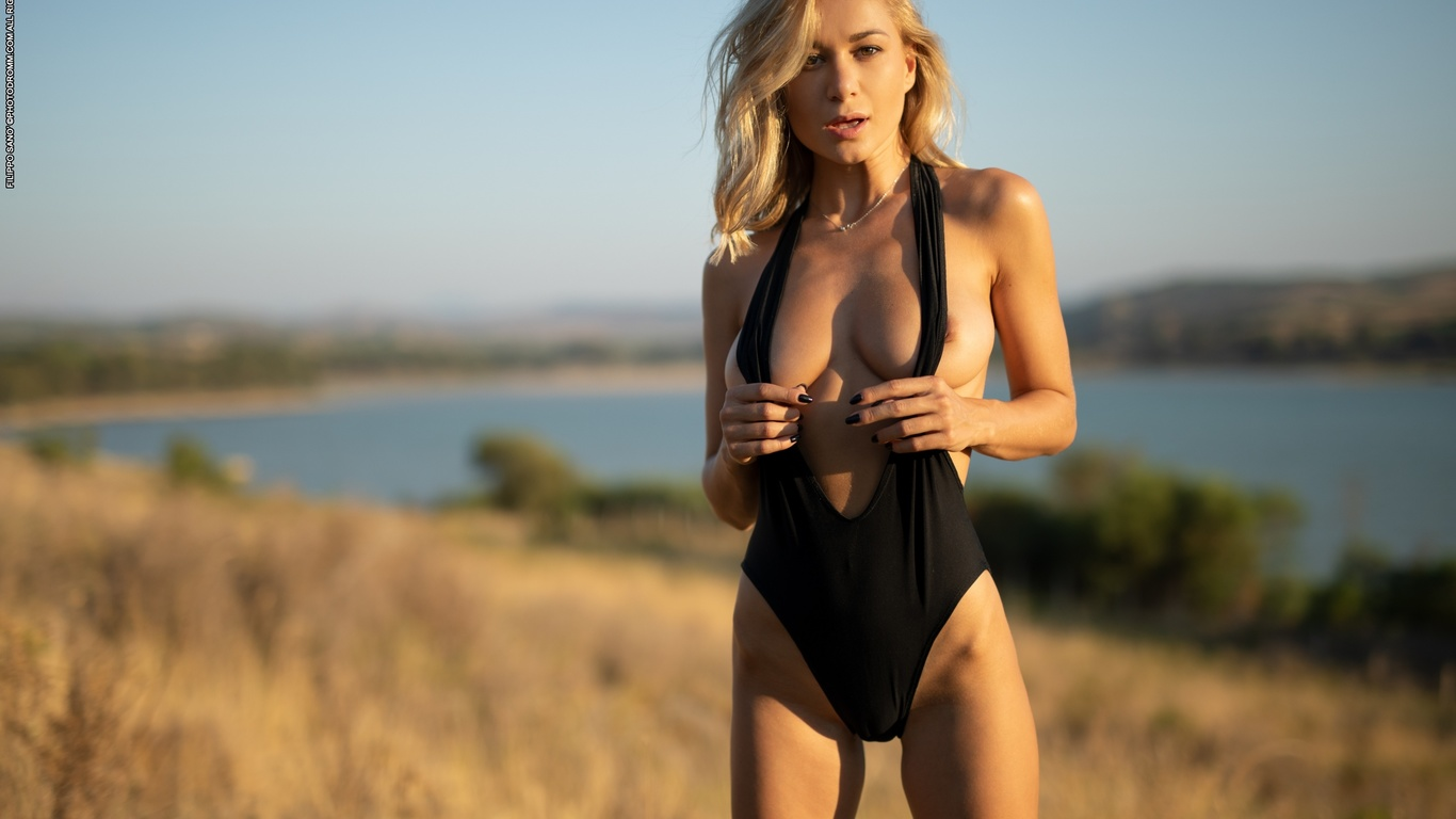darya, boobs, big tits, nipples, swimsuit
