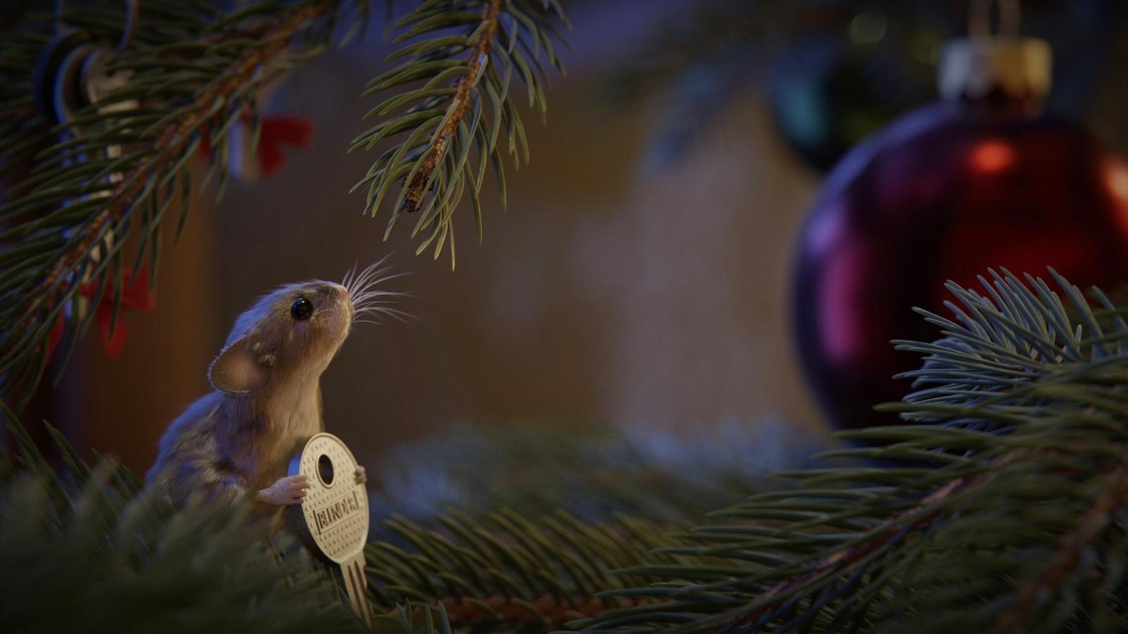 праздник, новый год, ветки, хвоя, ель, шар, животное, зверёк, грызун, мышь, ключ, символ года, 2020 год