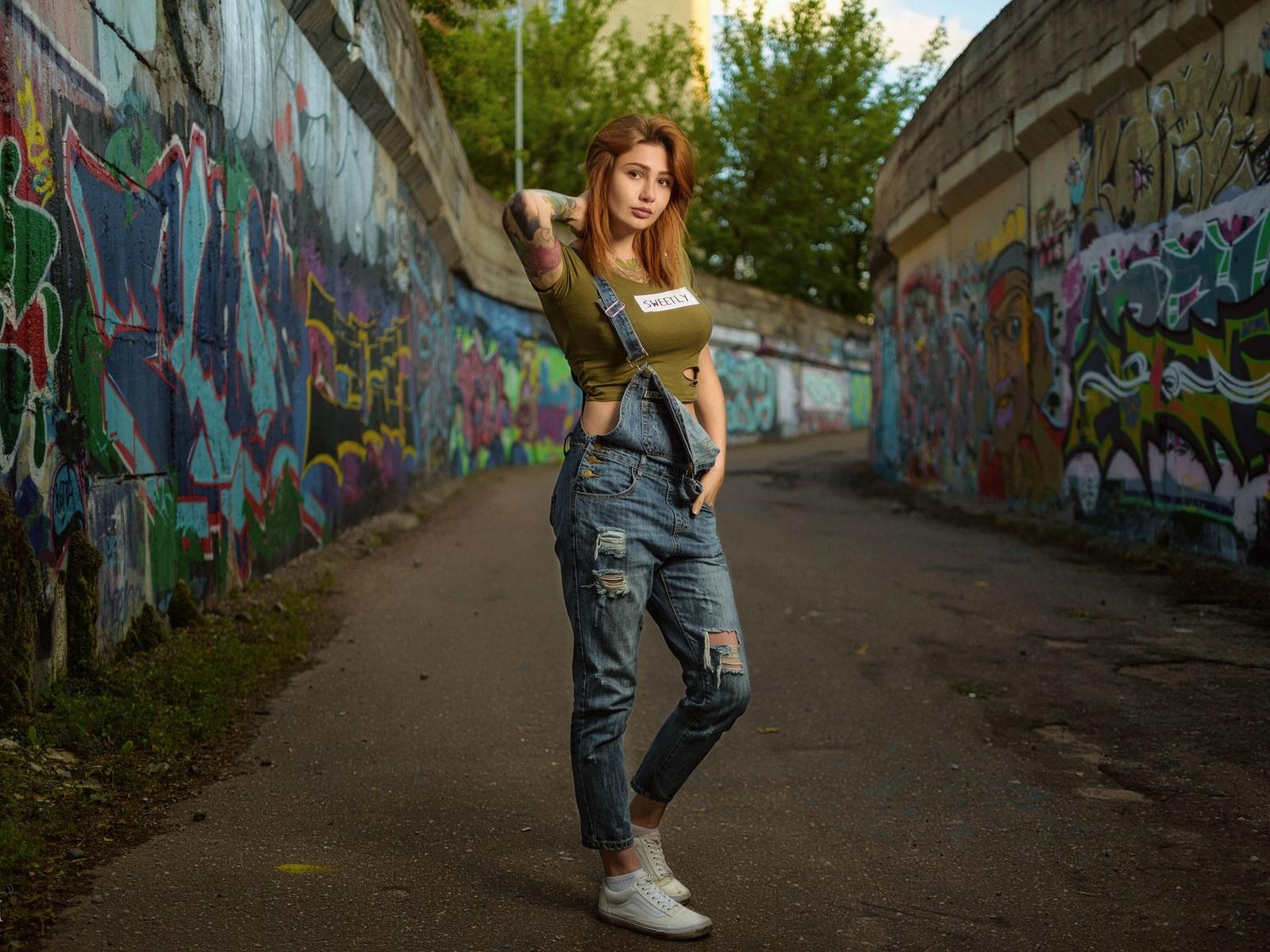девушка, стена, граффити, фотограф, дмитрий медведь