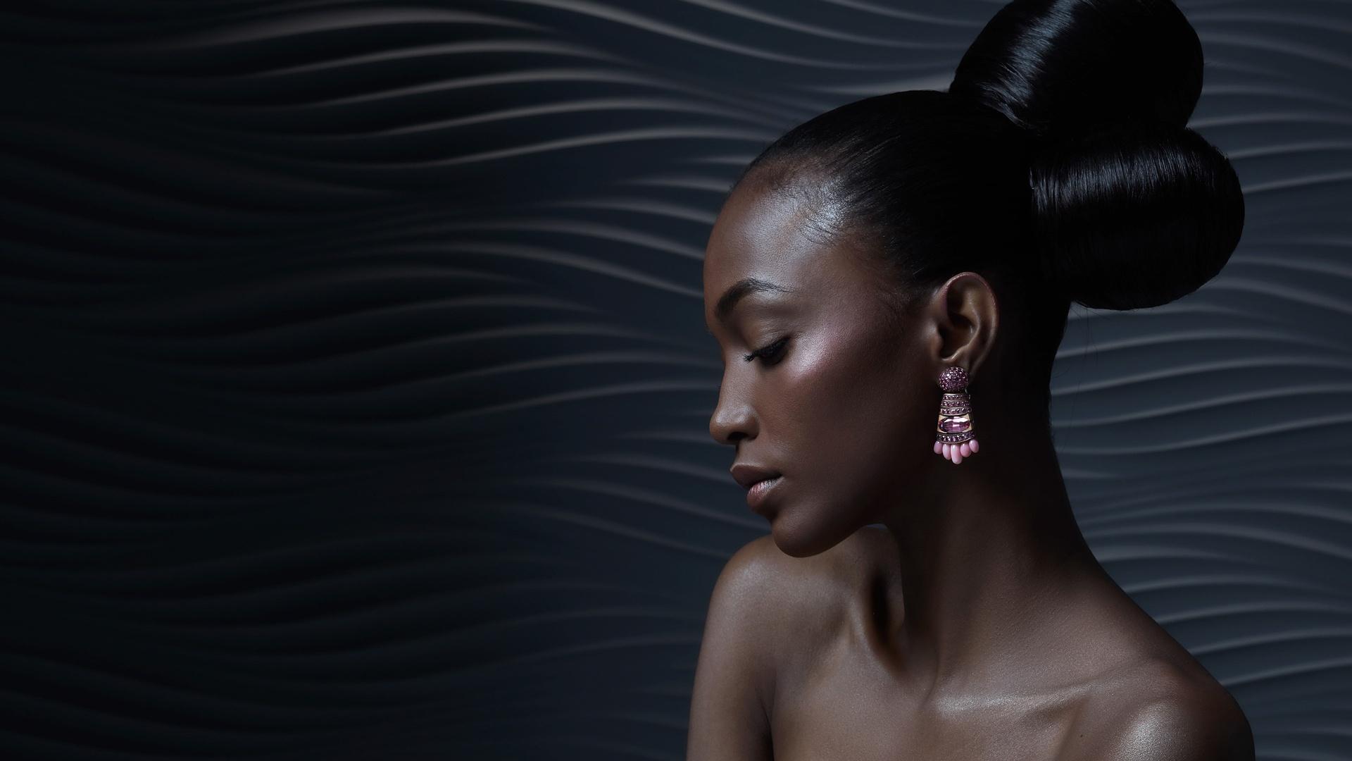 девушка, чернокожая, негритянка, серьги, прическа, макияж, профиль, темная
