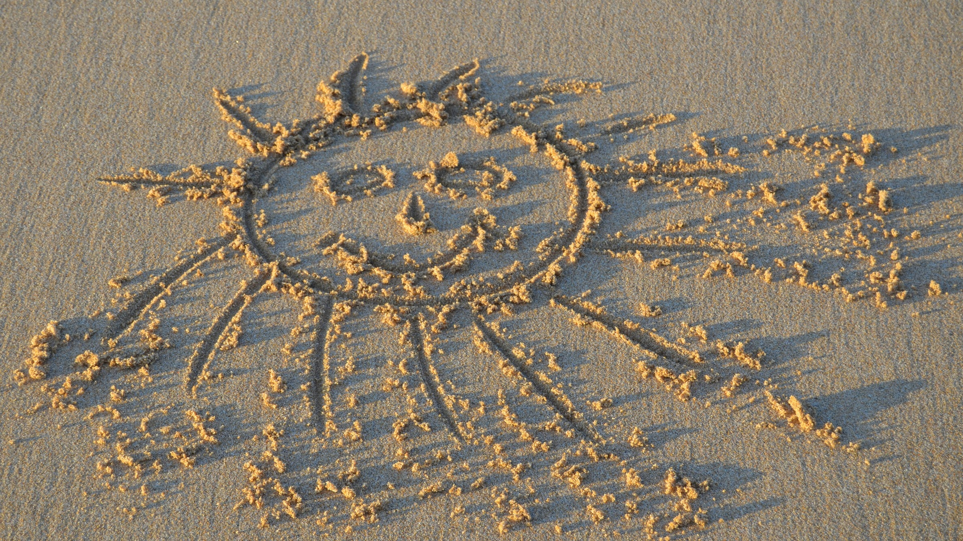 песок, рисунок, солнце, позитив,настроение,креатив