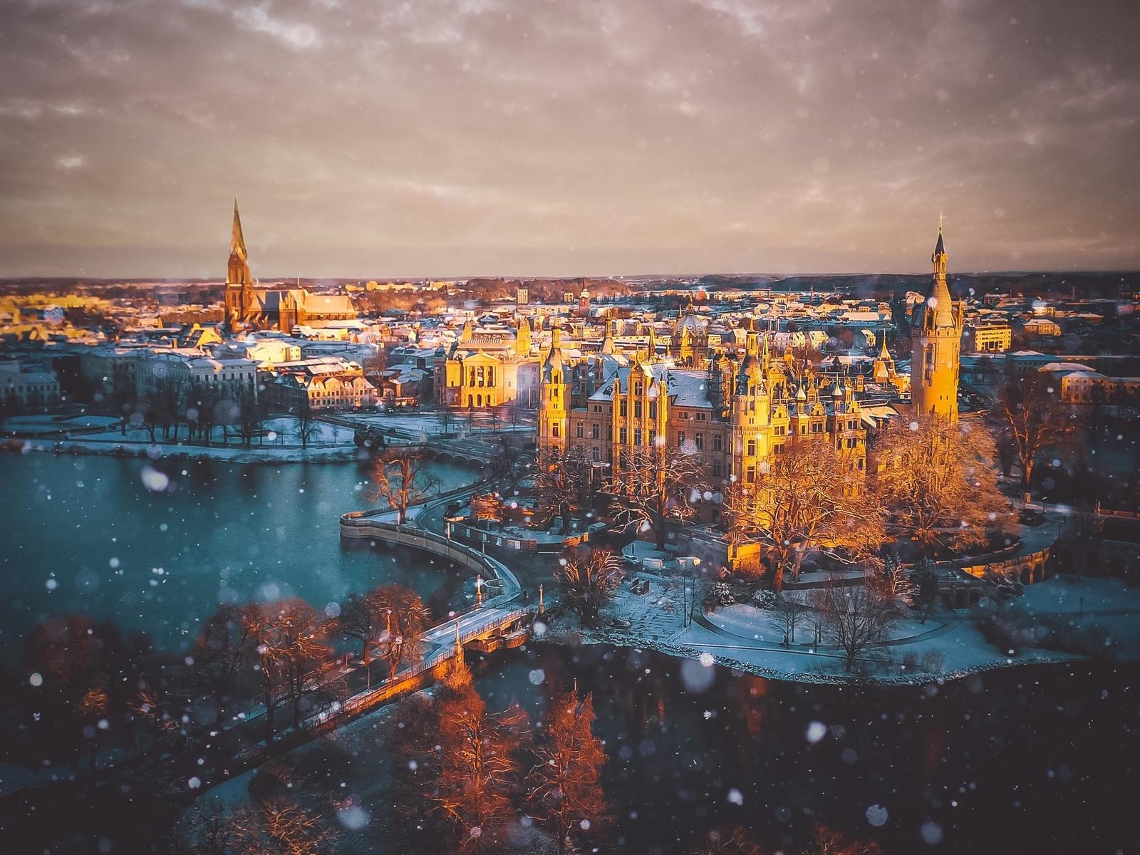 город, дворец, снег, река