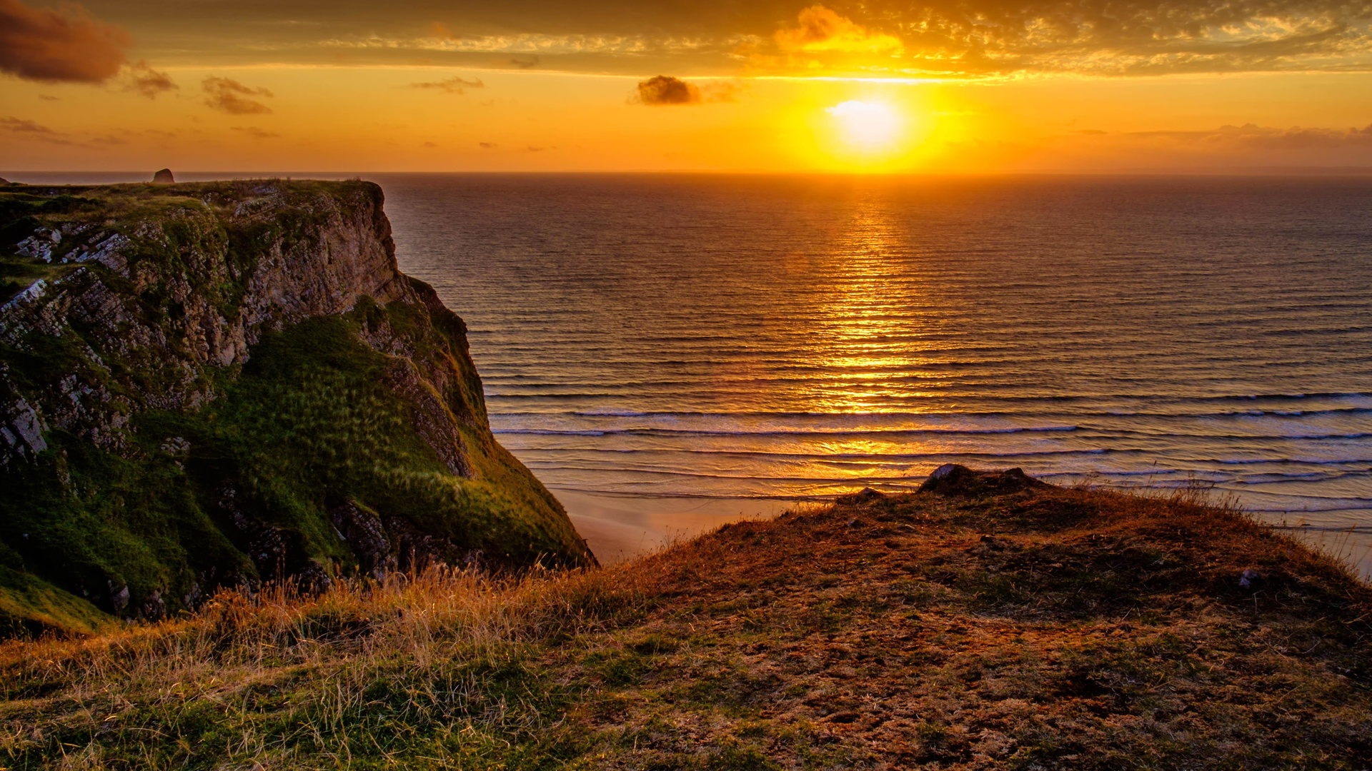 закат, горизонт, скалы, водная гладь, трава