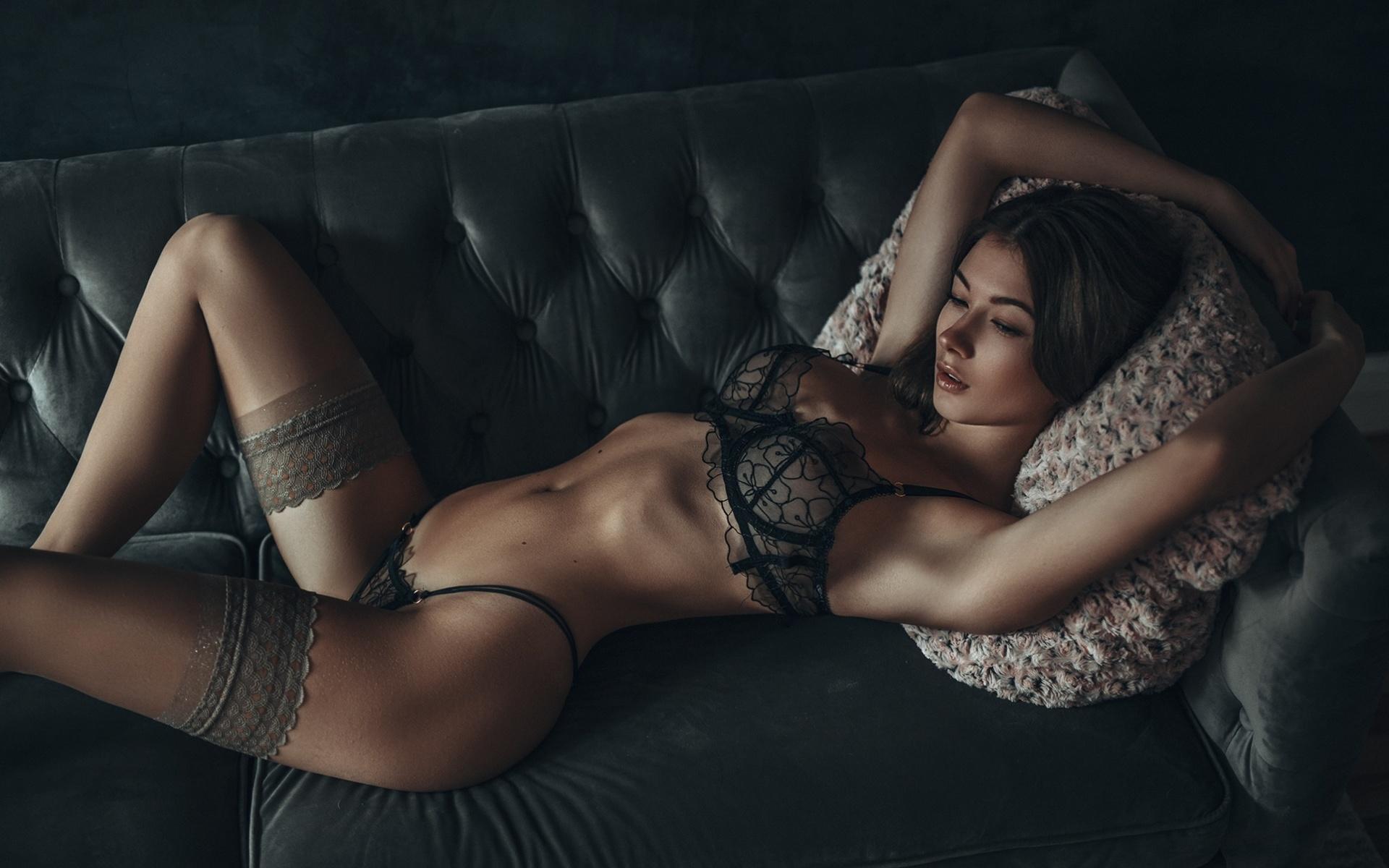 sophie d, девушка, лежит, диван