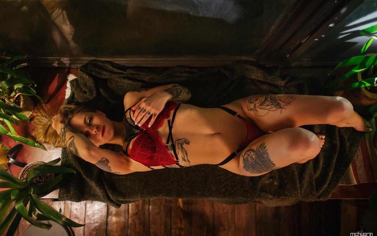 women, red lingerie, tattoo, maksim chuprin, top view, window, plants, belly, wooden floor, armpits, brunette