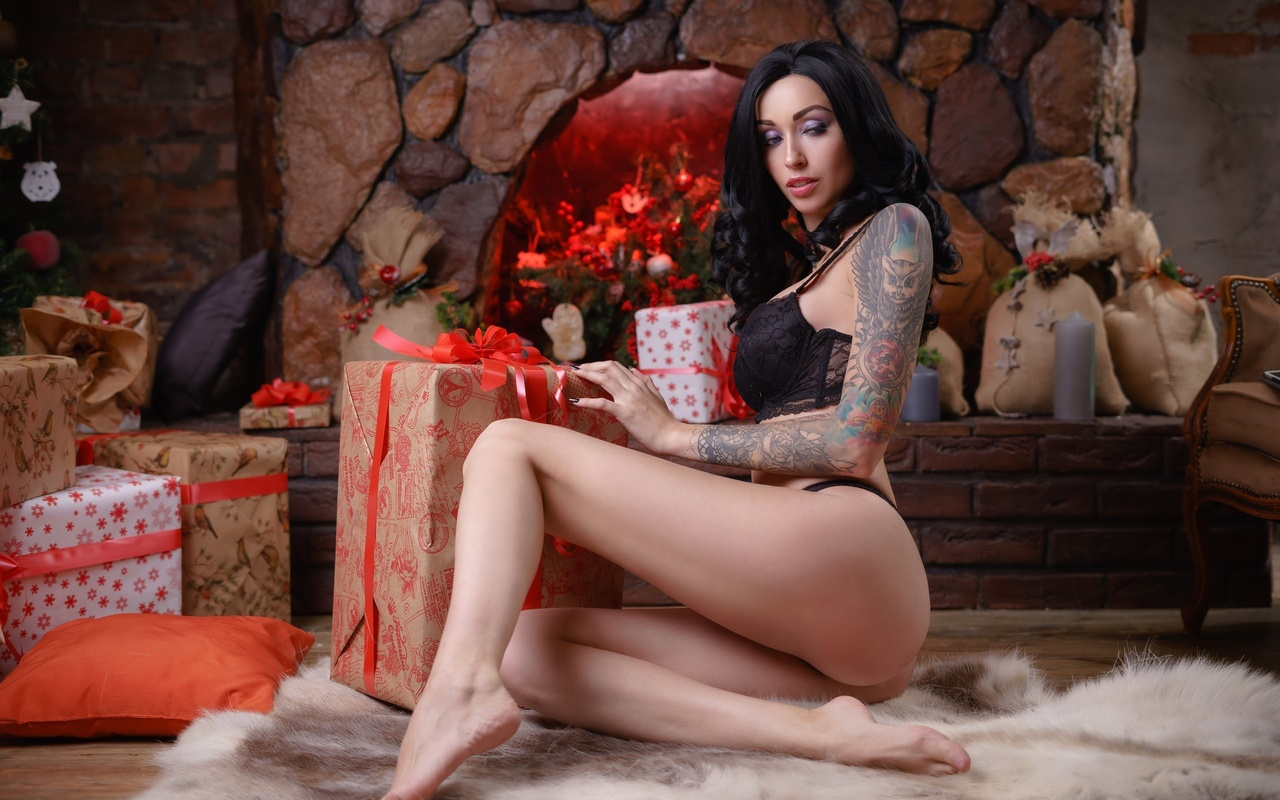 women, sitting, ass, black lingerie, presents, christmas tree, christmas, tattoo, on the floor, women indoors