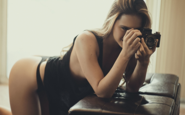 woman, girl, beautiful, cute, pretty, model, perfect, window, sofa, photographer, looking