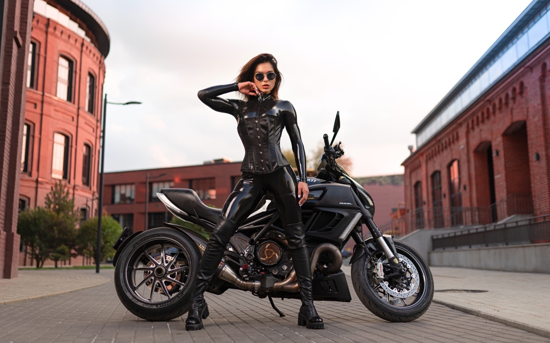 ducati, мотоцикл, байк, таша зайцева, модель, илья пистолетов